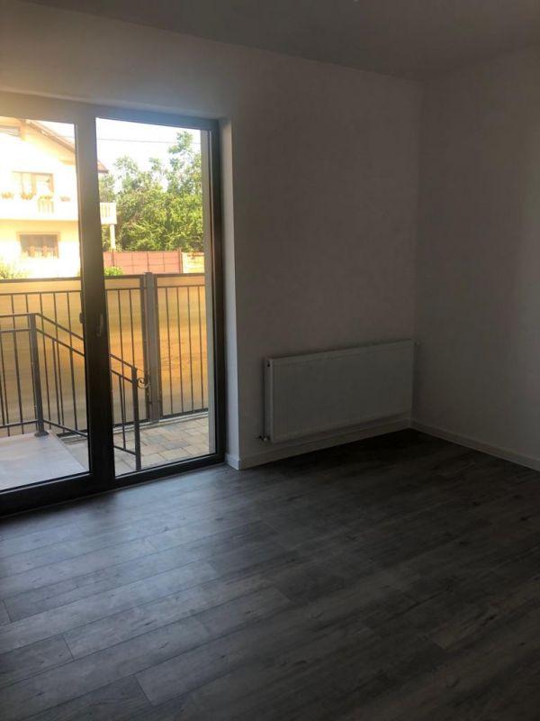 1 camere + terasa de vanzare in GIROC- ID V98 13