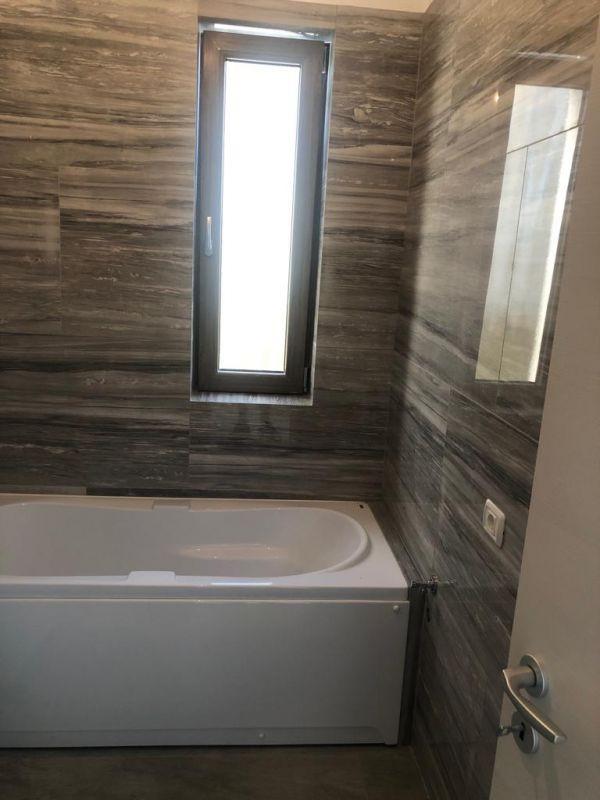 Apartament 2 camere de vanzare in GIROC- ID V68 4