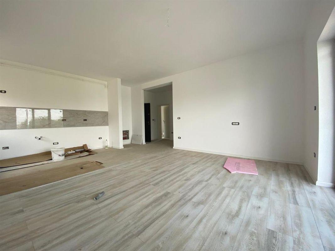 Apartament 2 camere INTABULAT in GIROC - ID V18 1