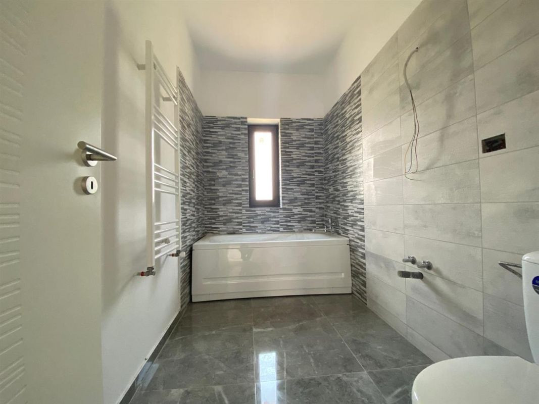 Apartament 2 camere INTABULAT in GIROC - ID V18 9