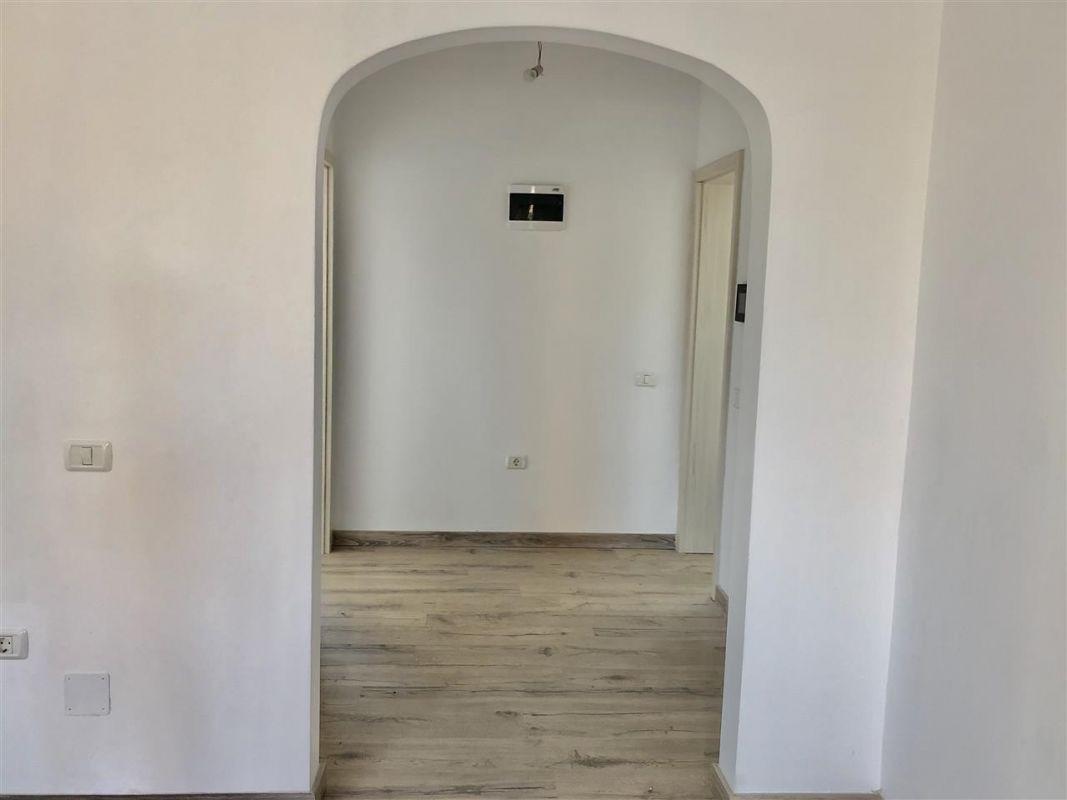 Apartament 1 camera de vanzare zona LUNEI - ID V12 11