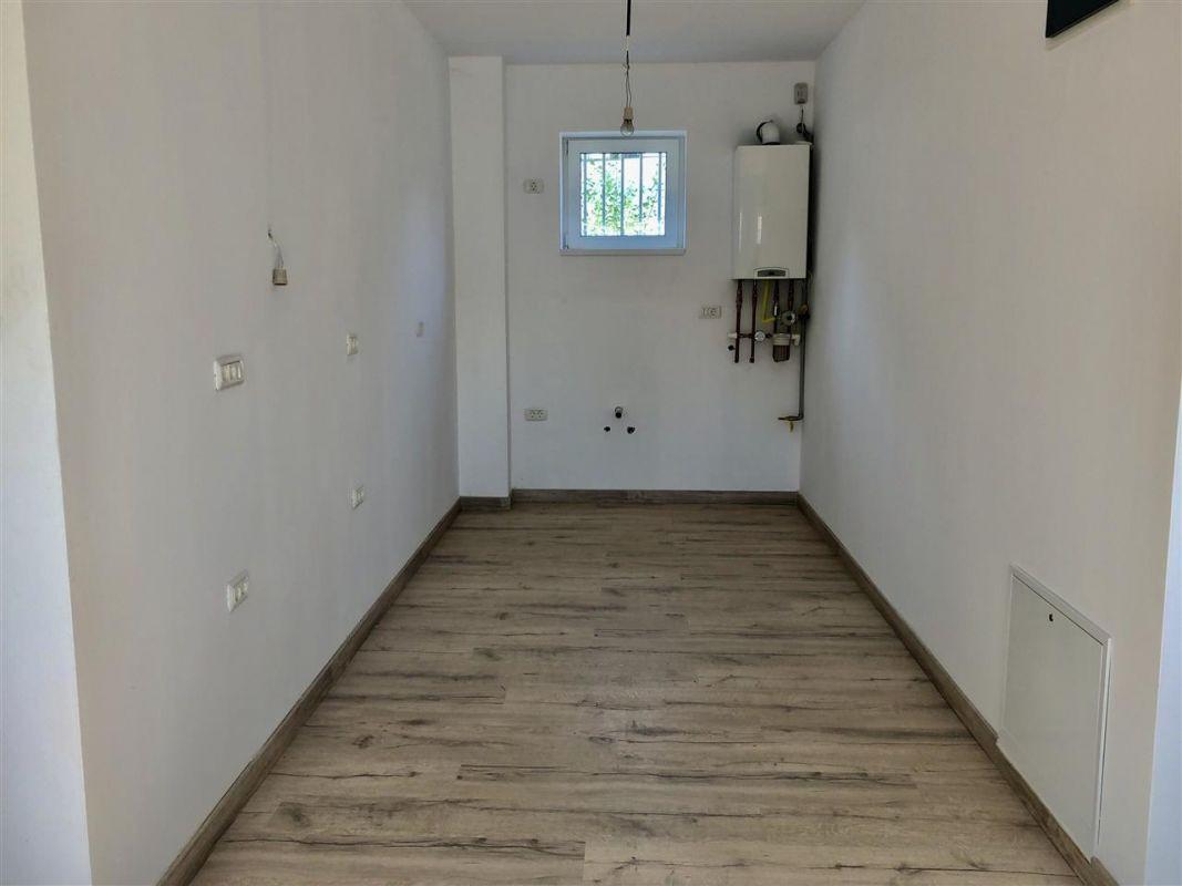 Apartament 2 camere de vanzare zona LUNEI- ID V11 5