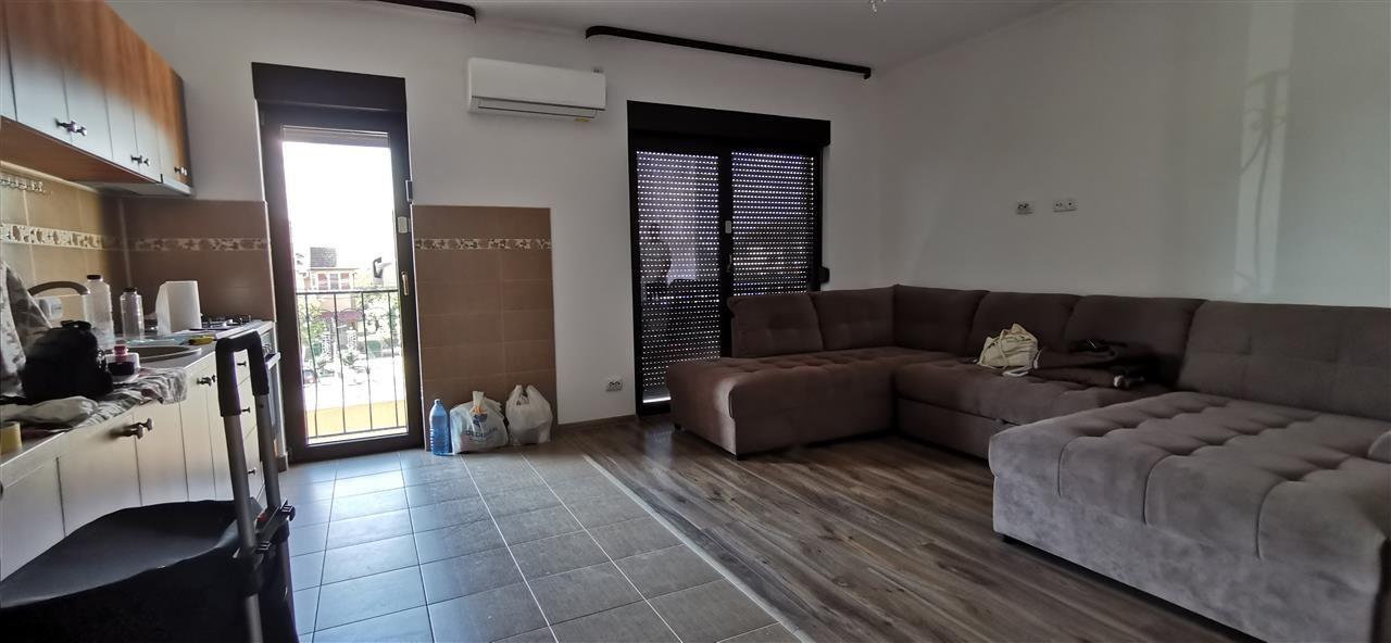 Apartament in centru Giroc doua camere. - ID V474 3