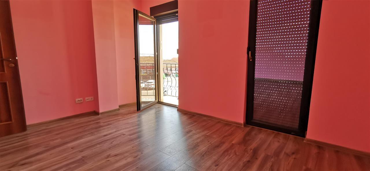 Apartament in centru Giroc doua camere. - ID V474 6