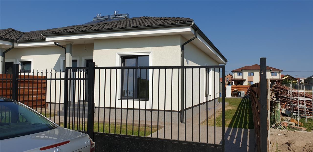 Casa tip duplex 3 camere de vanzare Mosnita Noua - ID V379 1
