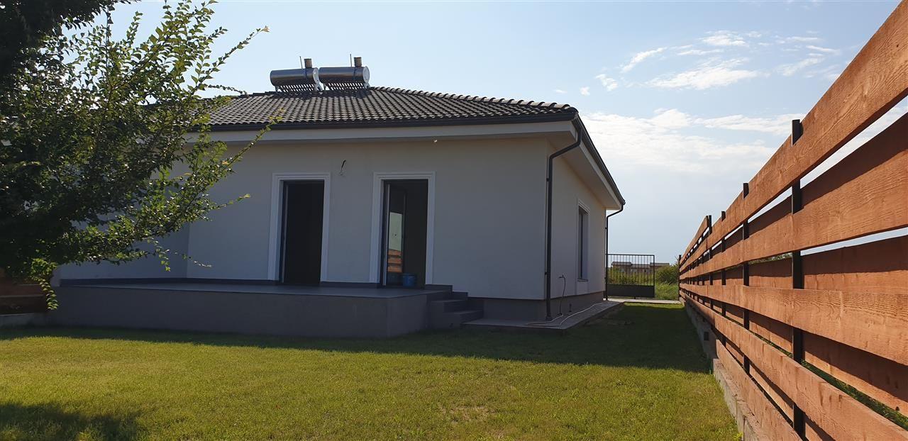 Casa tip duplex 3 camere de vanzare Mosnita Noua - ID V379 4