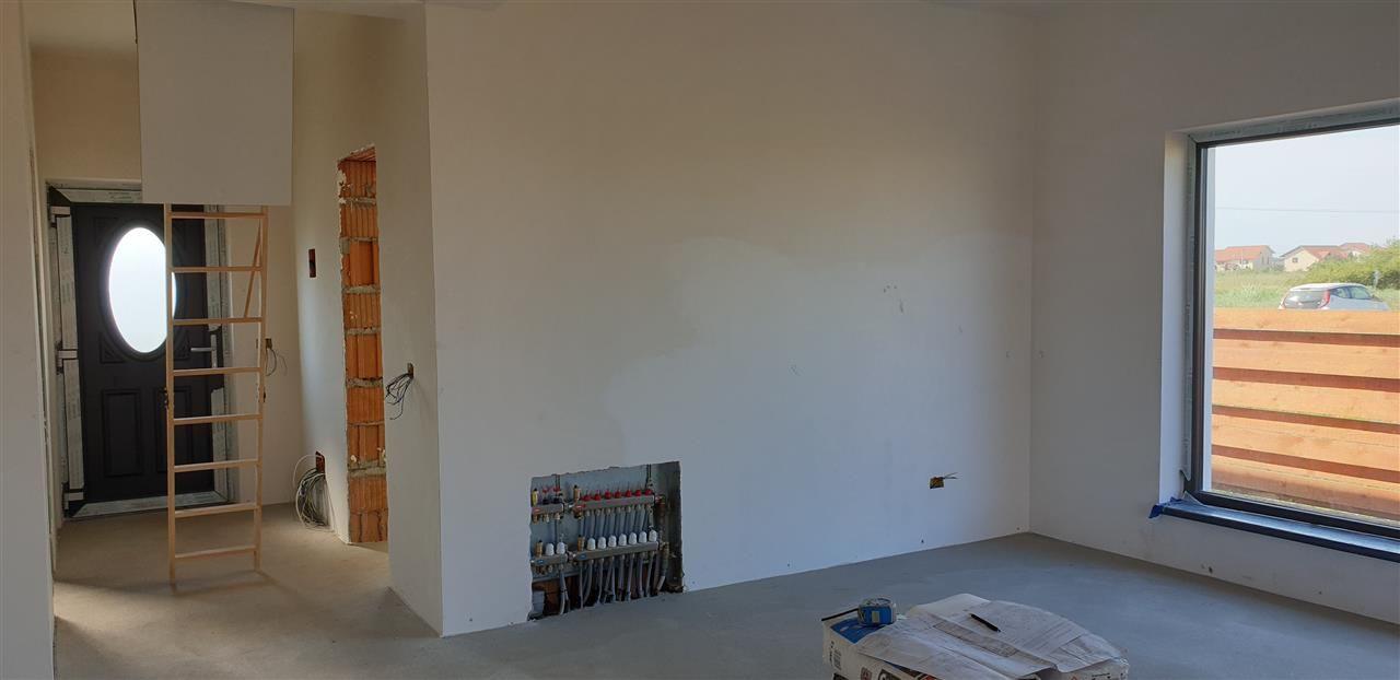 Casa tip duplex 3 camere de vanzare Mosnita Noua - ID V379 5