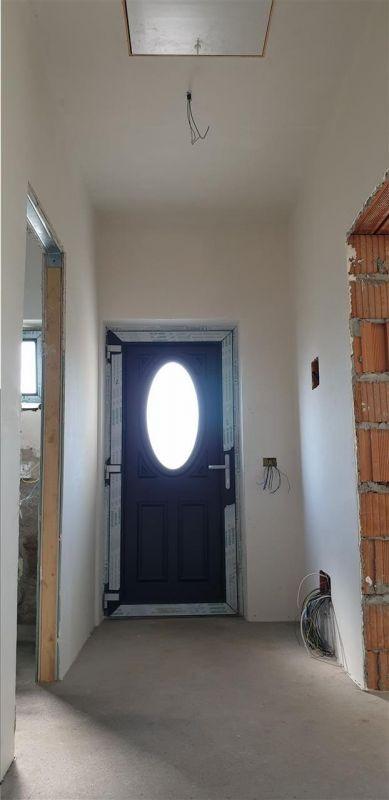 Casa tip duplex 3 camere de vanzare Mosnita Noua - ID V379 6