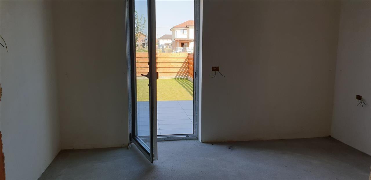 Casa tip duplex 3 camere de vanzare Mosnita Noua - ID V379 13