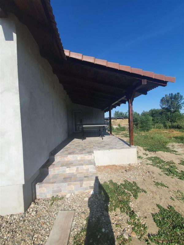 Casa de vanzare Sanmihaiu Roman - ID V463 7