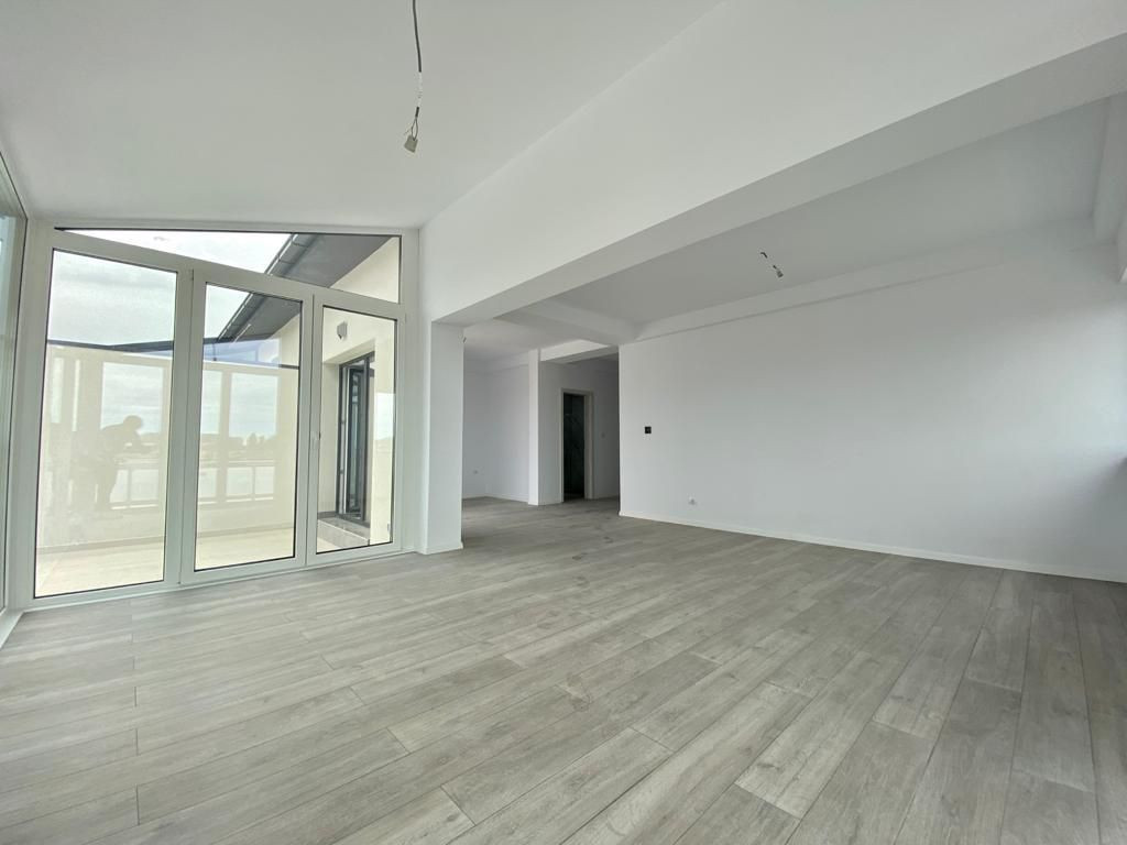 Penthouse 4 camere Giroc- ID V461 8