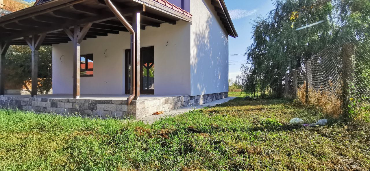 Casa individuala de vanzare in Giroc. 3
