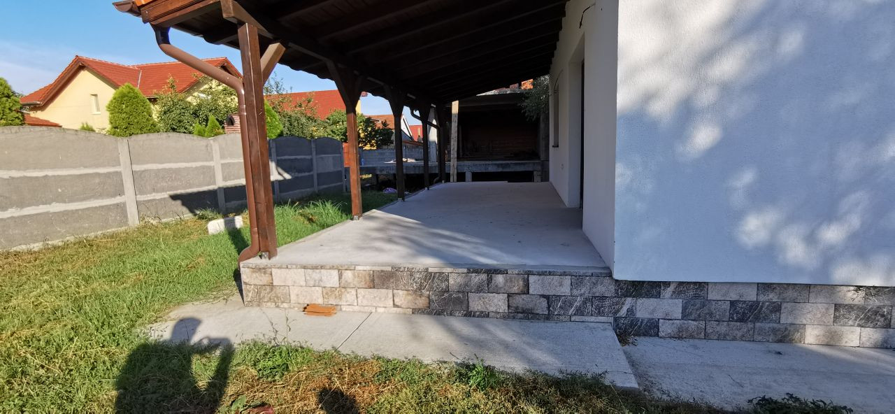 Casa individuala de vanzare in Giroc. 13