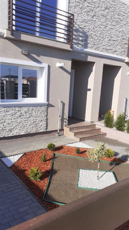 Casa tip duplex 4 camere de vanzare Mosnita Noua - ID V372 2