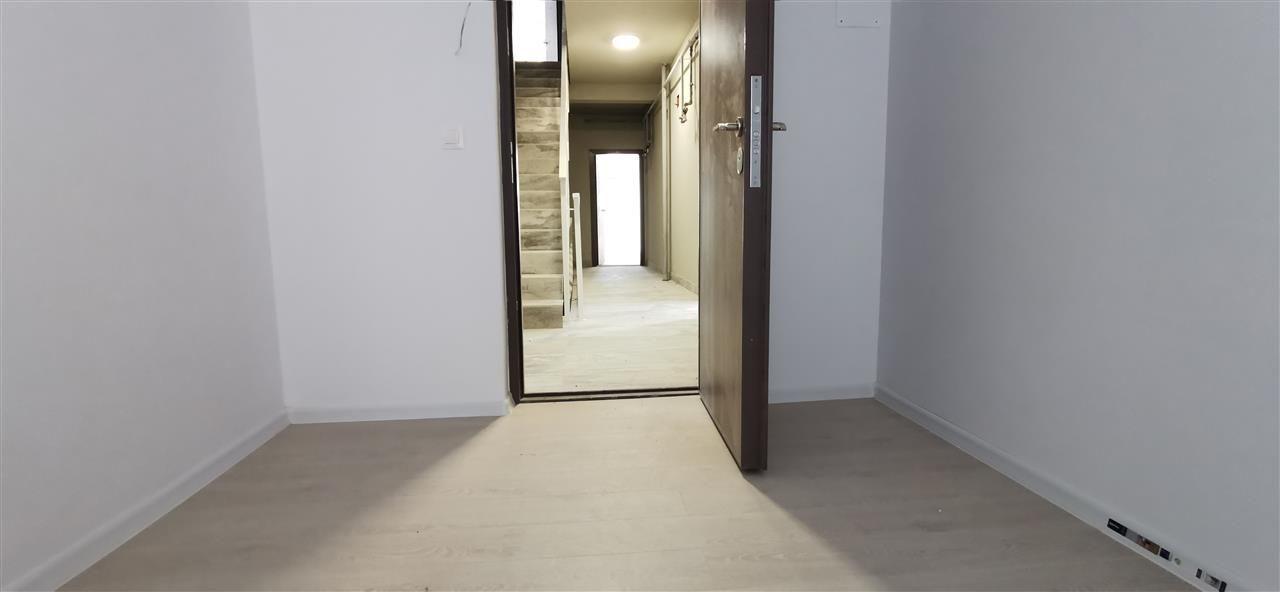 Apartament doua camere la intarea in Localitatea Giroc - ID V489 2