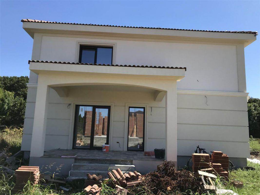 Casa cu 5 camere de vanzare plus garaj si pod -zona Dumbravita padure - ID V485 5