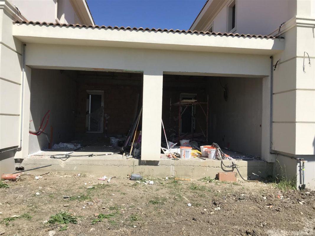 Casa cu 5 camere de vanzare plus garaj si pod -zona Dumbravita padure - ID V485 7