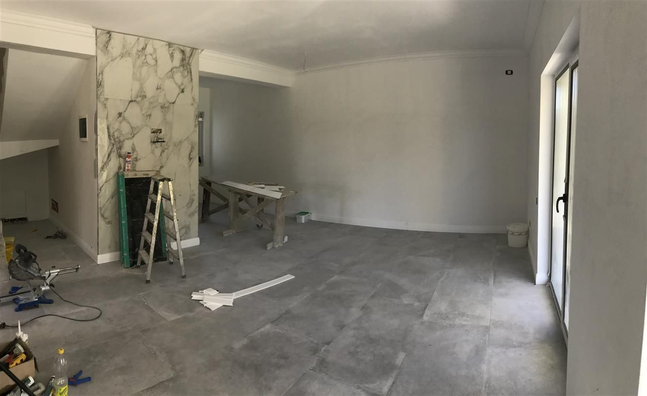 Casa cu 5 camere de vanzare plus garaj si pod -zona Dumbravita padure - ID V485 9