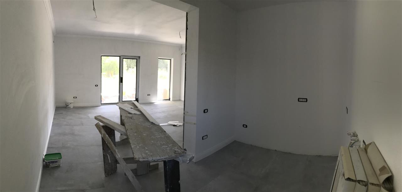 Casa cu 5 camere de vanzare plus garaj si pod -zona Dumbravita padure - ID V485 10