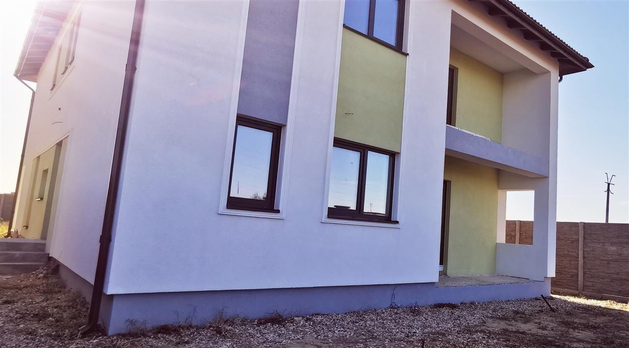 Casa tip Duplex in Ghiroda. - ID V484 3