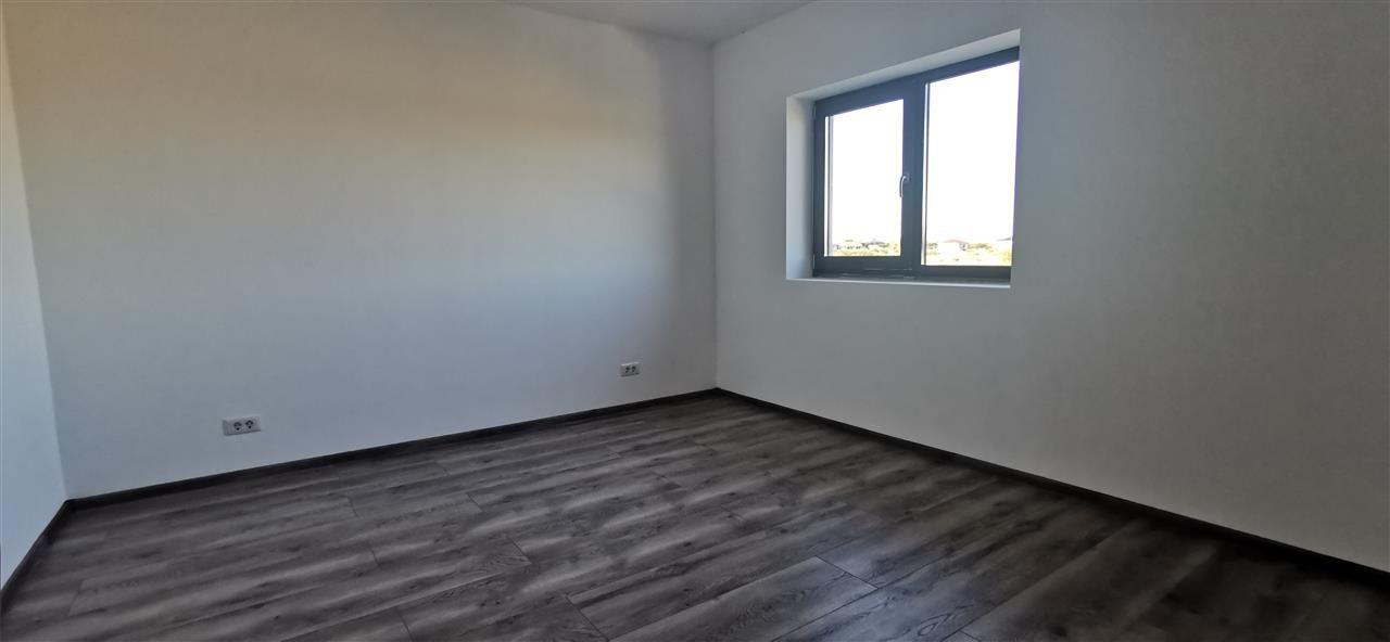 Casa tip Duplex in Ghiroda.Comision 0% - ID V484 4