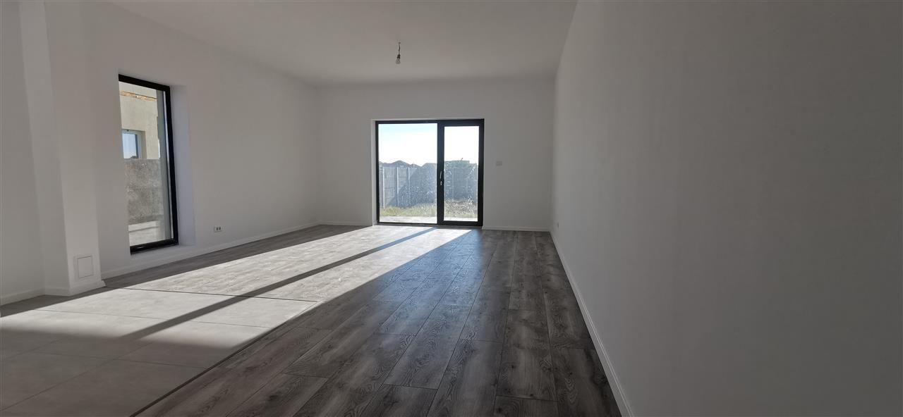 Casa tip Duplex in Ghiroda.Comision 0% - ID V484 16