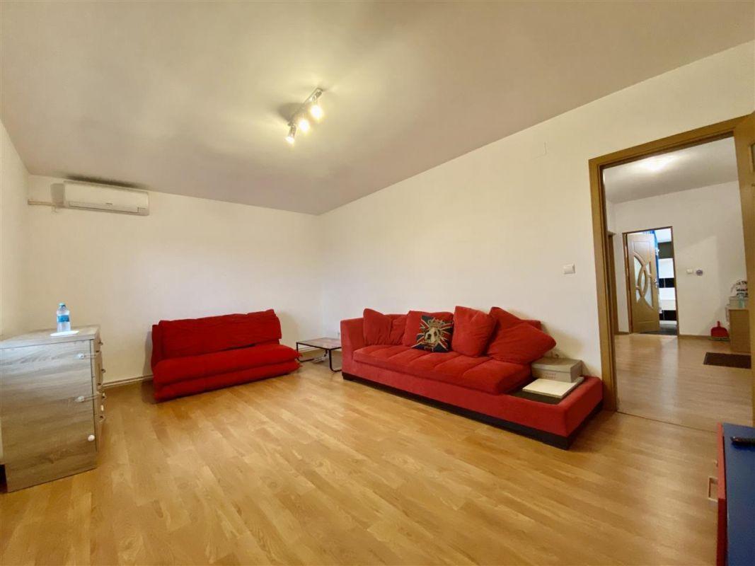 Apartament 3 camere, decomandat, PLAVAT II - ID C479 2