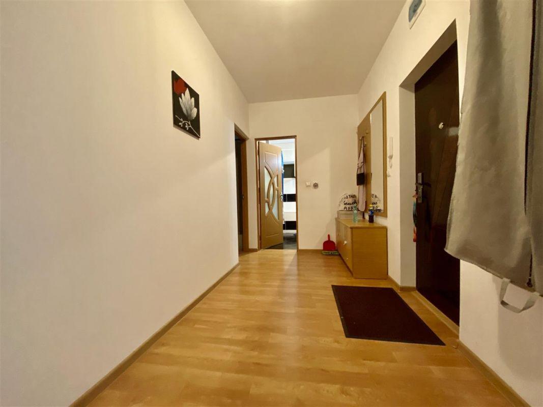 Apartament 3 camere, decomandat, PLAVAT II - ID C479 4