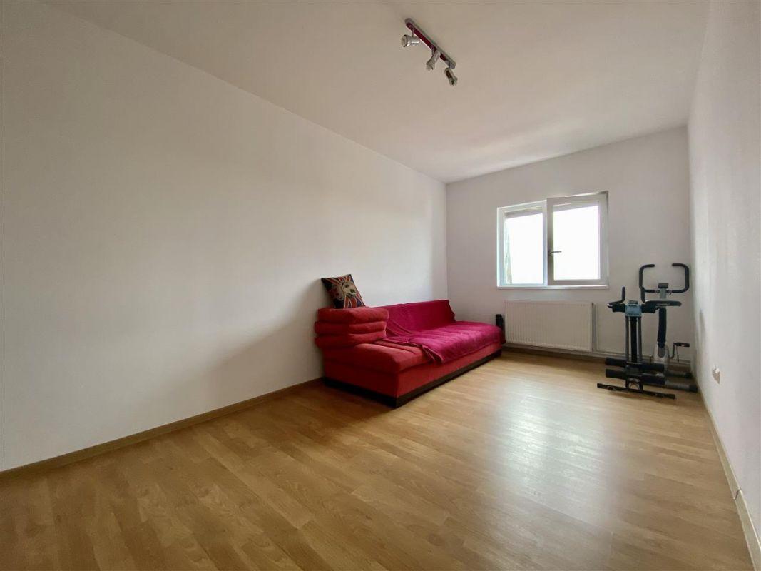 Apartament 3 camere, decomandat, PLAVAT II - ID C479 7
