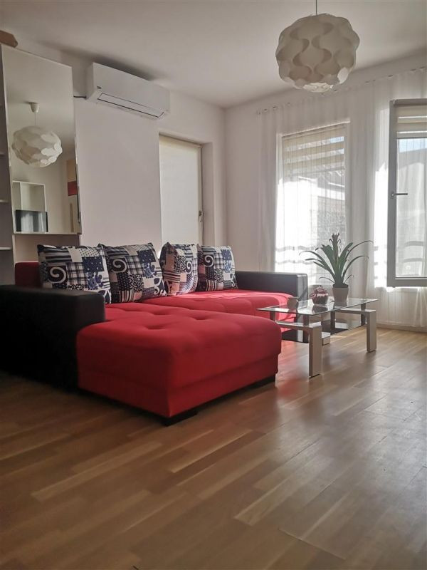 Inchiriez apartament 2 camere - Dumbravita 3