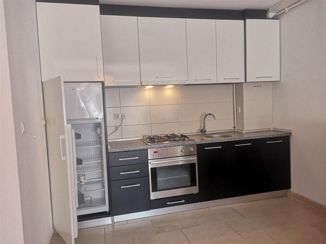 Inchiriez apartament 2 camere - Dumbravita 7