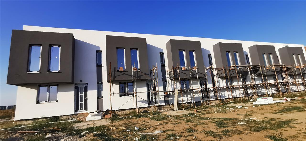 Casa cu design modern in complex rezidential-Giroc - ID V509 1