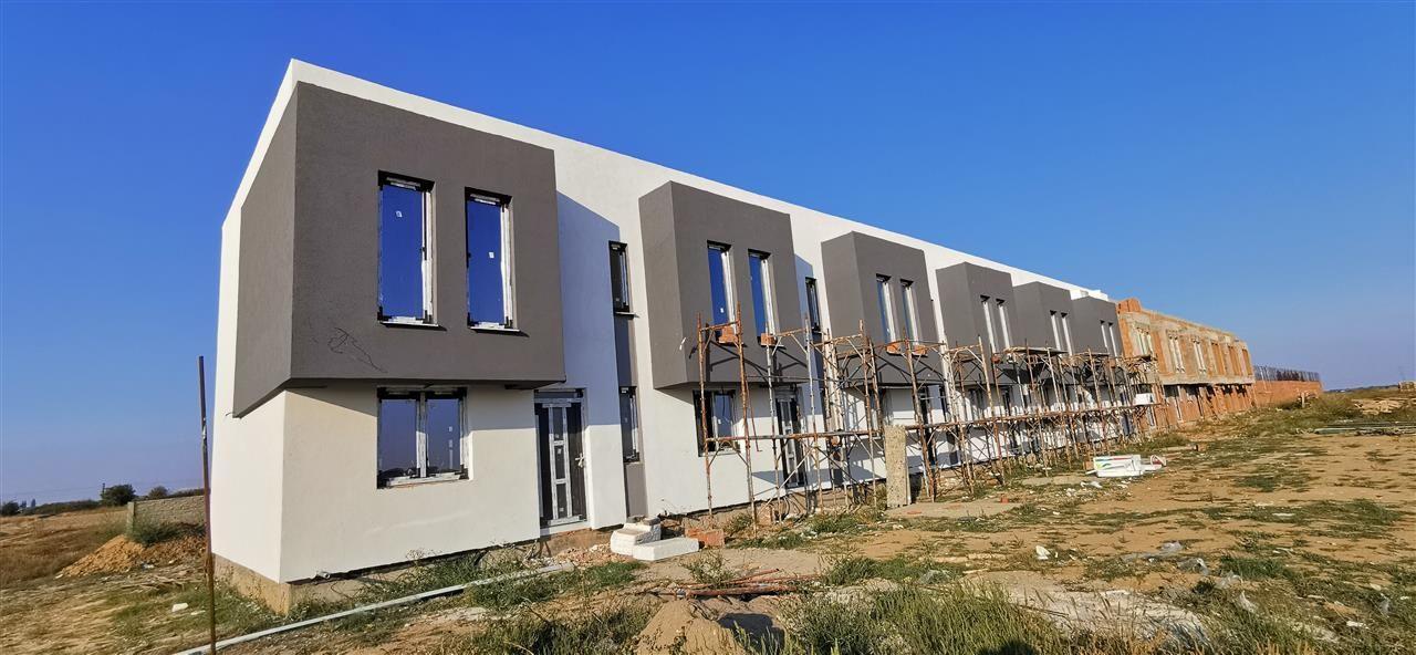 Casa cu design modern in complex rezidential-Giroc - ID V509 3