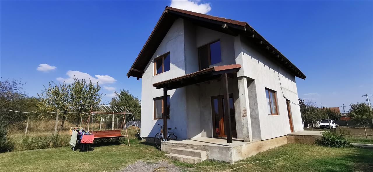 Casa individuala in Giarmata, strada asfaltata. - ID V508 1