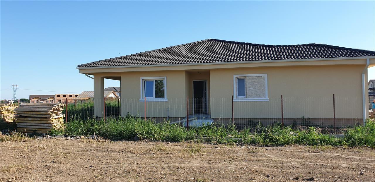 Casa tip duplex 3 camere de vanzare Mosnita Noua - ID V370 1