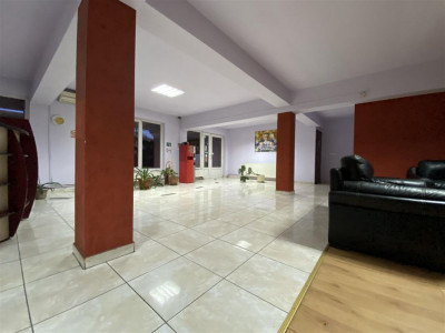 Spatiu comercial / depozitare + birouri la etaj - ID C507