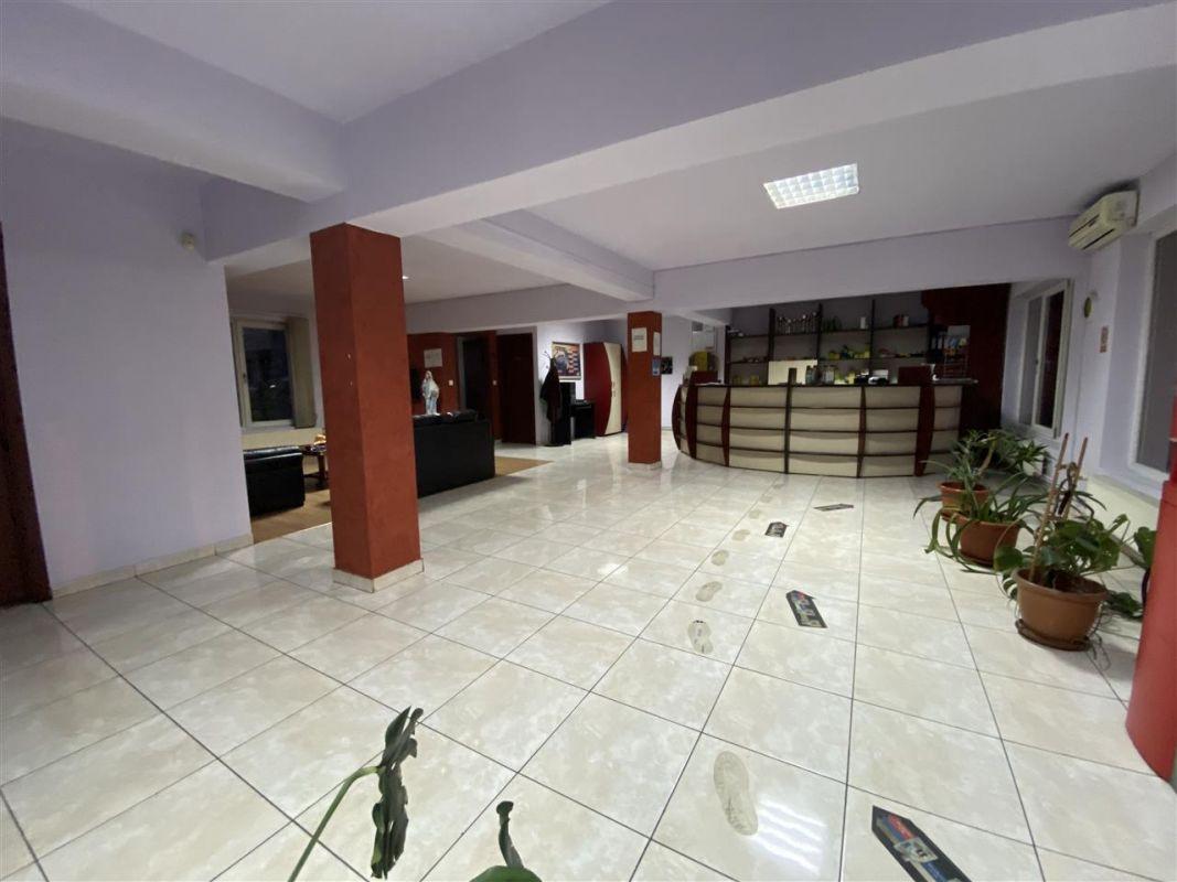 Spatiu comercial / depozitare + birouri la etaj - ID C507 4