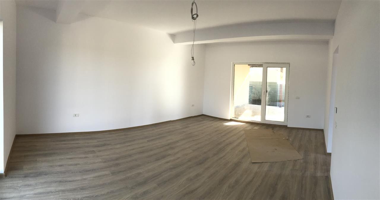 Casa tip duplex cu 4 camere de vanzare zona Dumbravita - ID V503 3