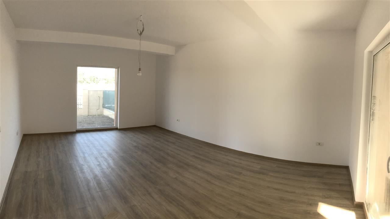 Casa tip duplex cu 4 camere de vanzare zona Dumbravita - ID V503 4
