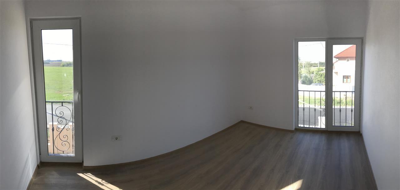 Casa tip duplex cu 4 camere de vanzare zona Dumbravita - ID V503 12