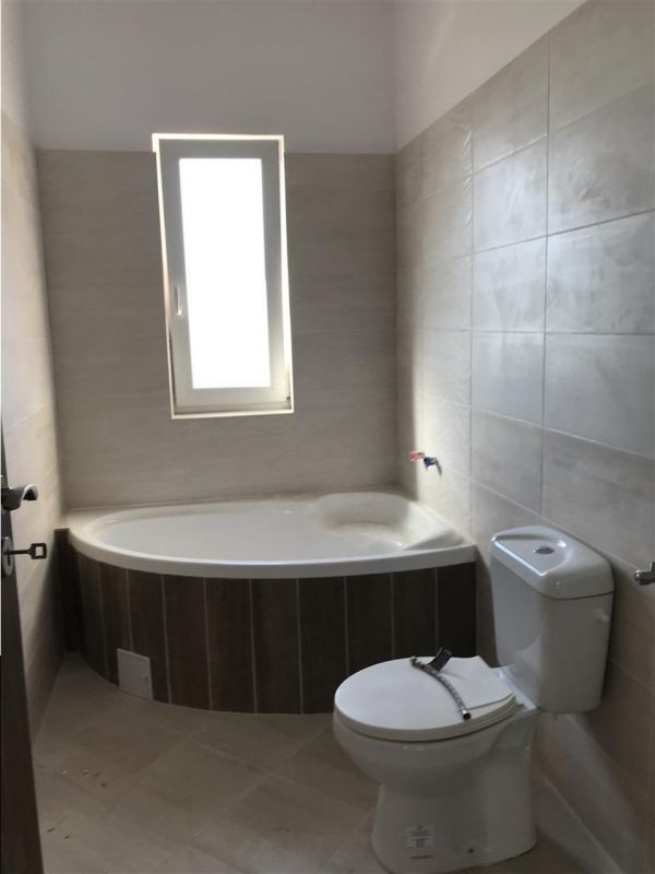 Casa tip duplex cu 4 camere de vanzare zona Dumbravita - ID V503 18