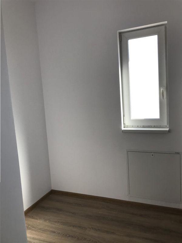 Casa tip duplex cu 4 camere de vanzare zona Dumbravita - ID V503 23
