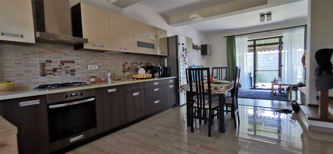 Casa-stil englezesc-in Giroc mobilata - ID V496 1