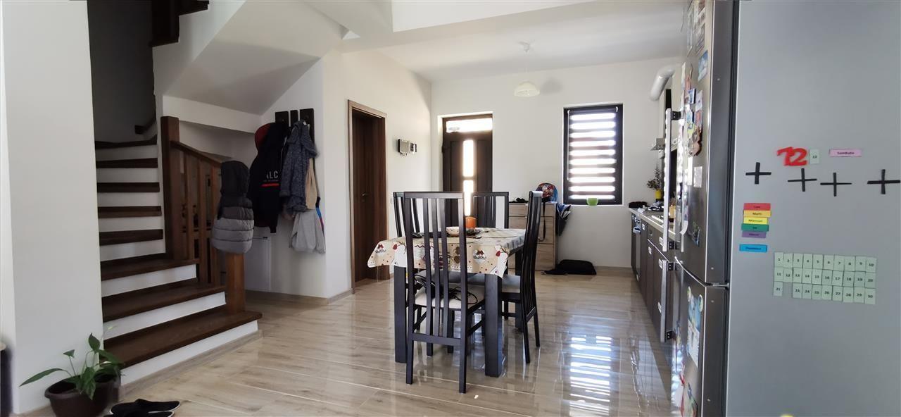 Casa-stil englezesc-in Giroc mobilata - ID V496 3