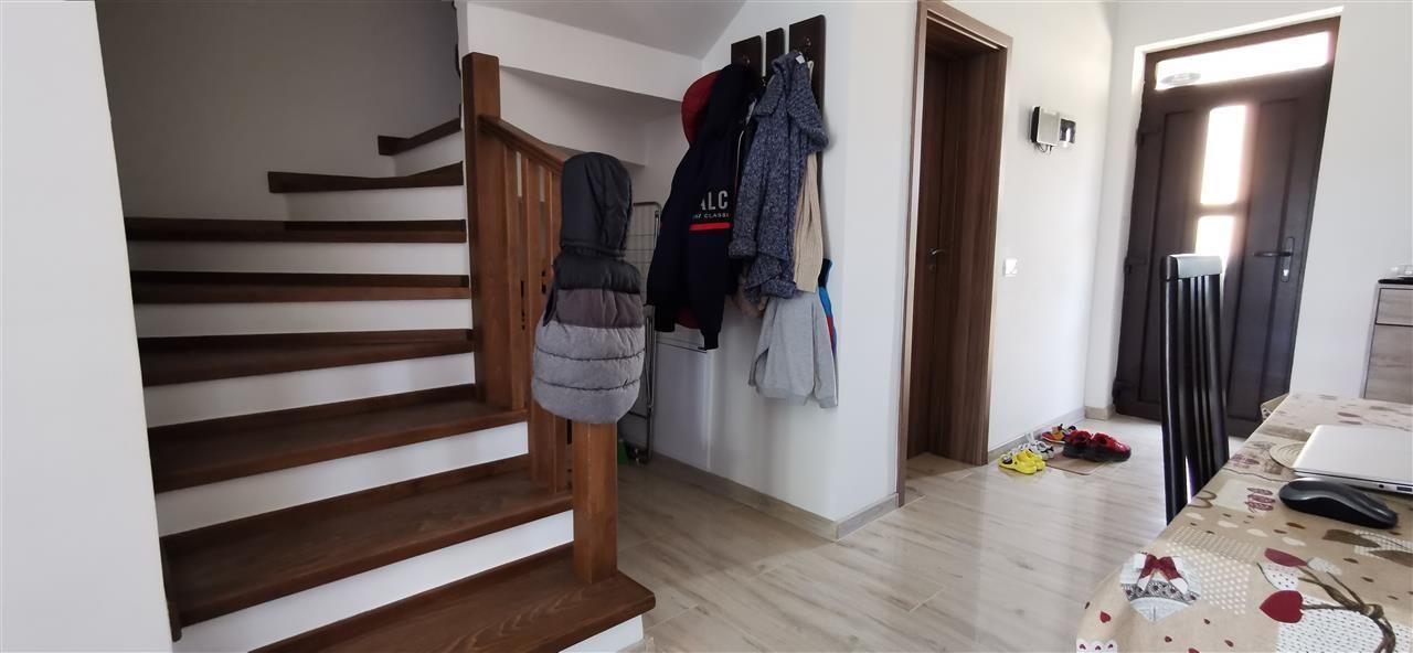 Casa-stil englezesc-in Giroc mobilata - ID V496 4