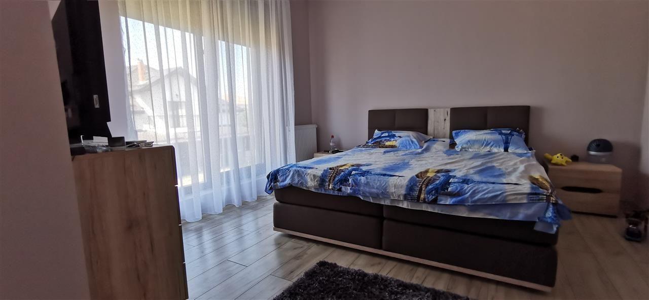 Casa-stil englezesc-in Giroc mobilata - ID V496 12