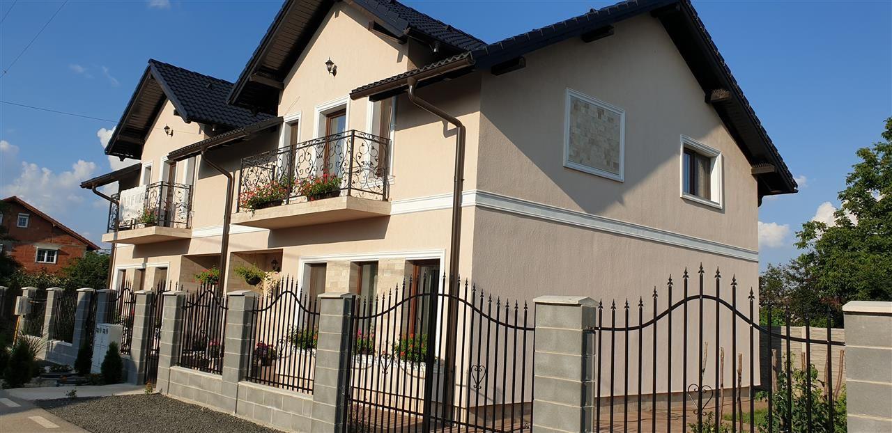 Casa tip duplex 4 camere de vanzare - ID V364 1