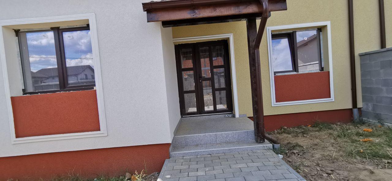 Casa tip triplex de vanzare in Giroc. 2