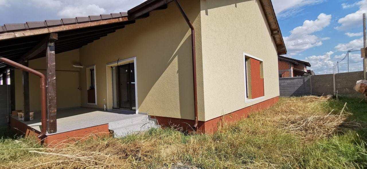 Casa tip triplex de vanzare in Giroc. 12