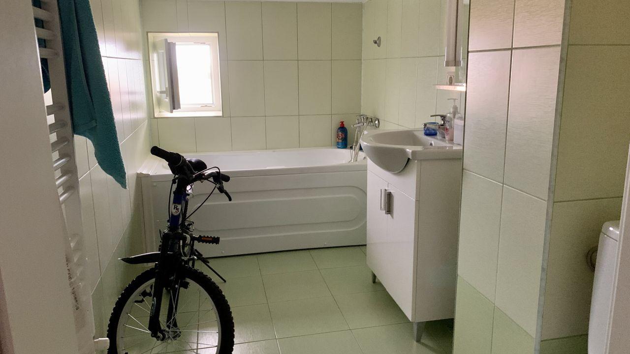 Apartament cu patru camere pe doua nivele | Central | Semidecomandat 9